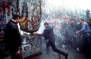 berlin-wall-falling-4.jpg