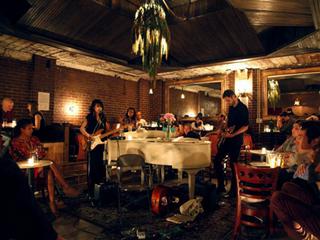 nightlife-music-piano-bar-manhattan-inn.jpg
